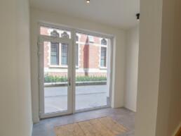 Volledig nieuw gerenoveerd appartement met ruim terras en garage